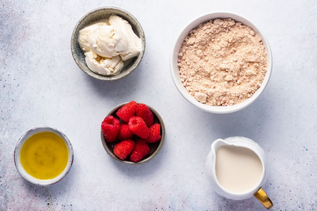 Ingredients for Low Carb Keto Low Sugar Hot Love Raspberry Cake