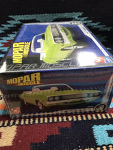 Load image into Gallery viewer, AMT ERTL Mopar Muscle Kit Car 1970 Dodge Challenger NIB-9019