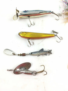 Vintage Fishing Lures Lot Of 6 5054