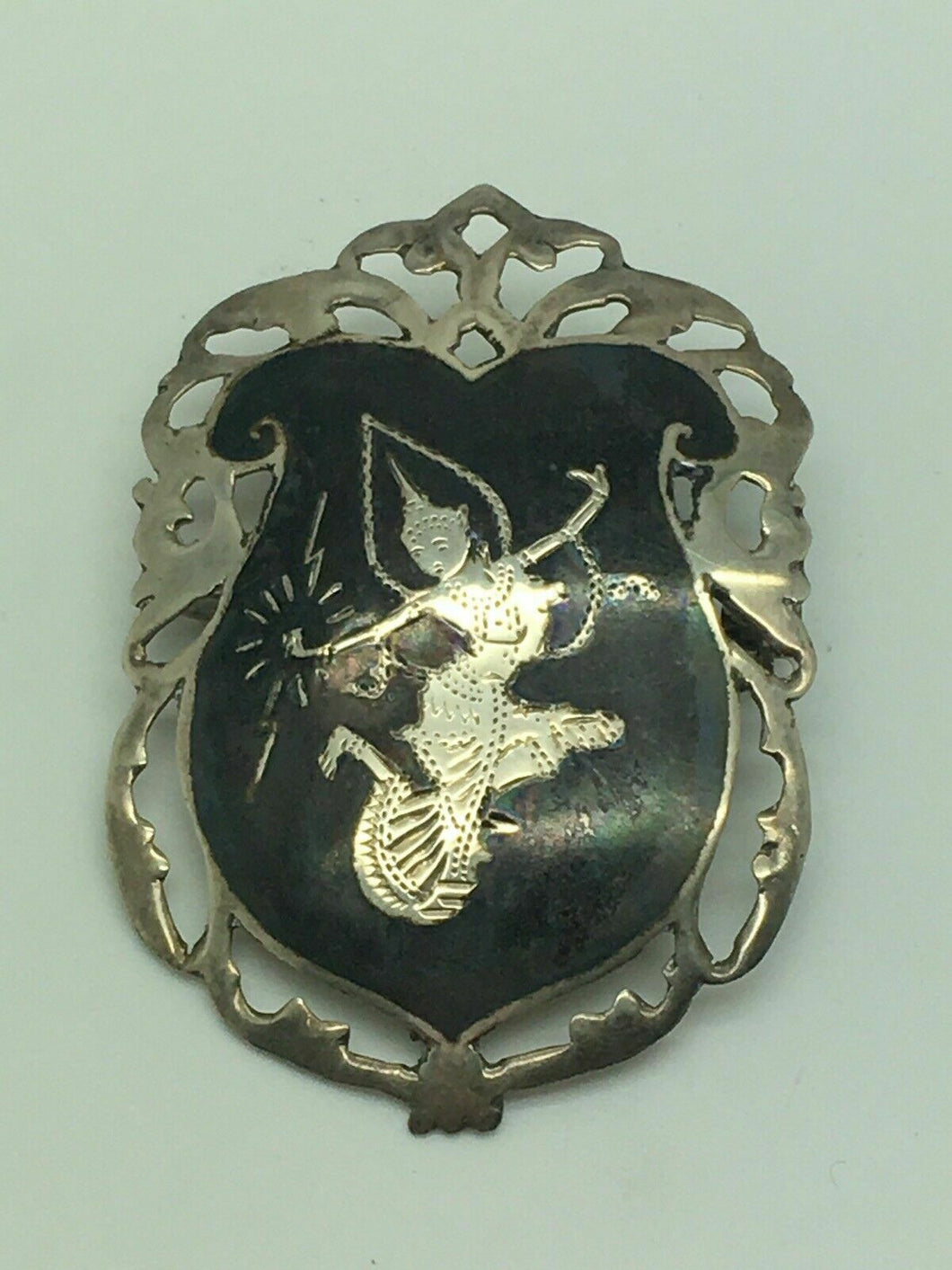 SIAM STERLING SILVER BROOCH - LOT 4147R