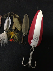 Vintage Fishing Lures Lot Of 5 8040