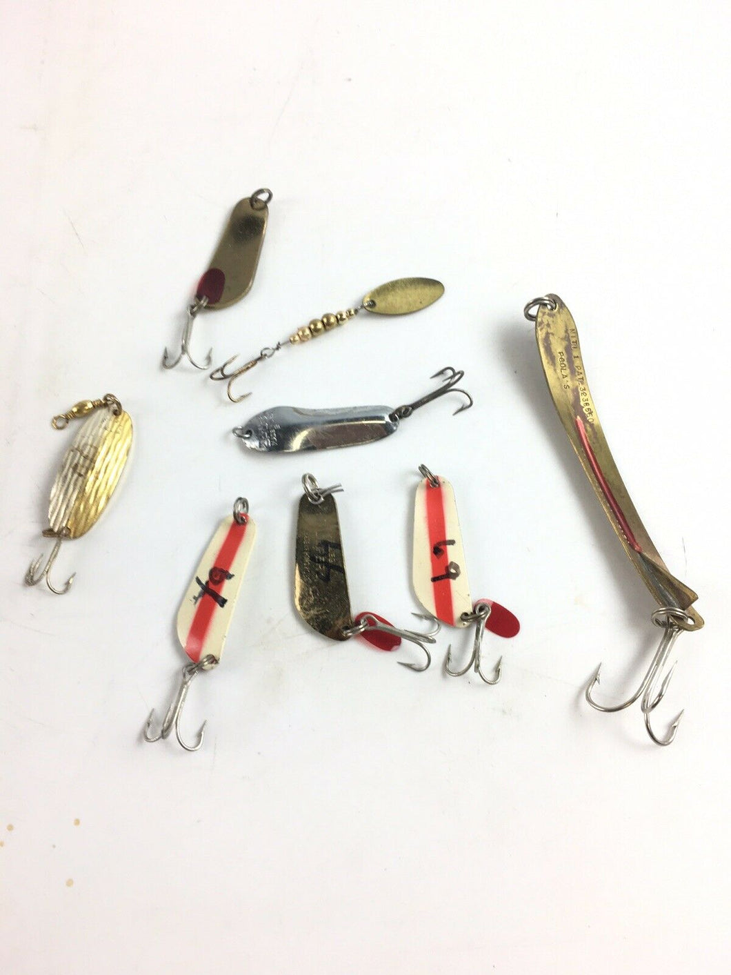 Vintage Fishing Lures Lot Of 8 5034