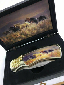 Horse And Wolf Collectors Knives 4730