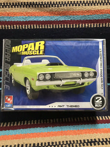 AMT ERTL Mopar Muscle Kit Car 1970 Dodge Challenger NIB-9019