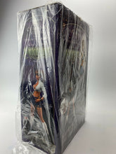 Load image into Gallery viewer, Witchblade Schoolgirl Statue CS Moore Studio Top-Cow NOS SEALED