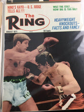 Load image into Gallery viewer, Assorted Lot Of 5 Vintage Boxing Magazines-1970-71 MINT-5481