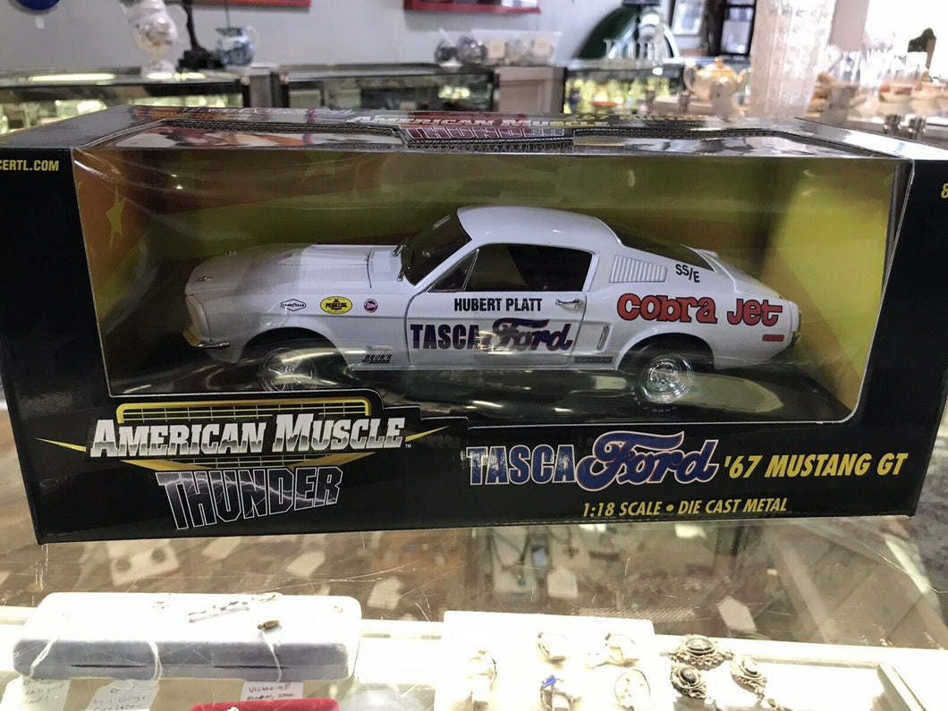 ERTL  AMERICAN MUSCLE  THUNDER TASCA FORD '67 MUSTANG GT