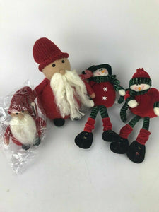 Assorted Lot Of 4 Pieces Of Christmas Decor- Lot 547