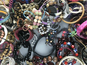 5lb Lot of Jewelry Bracelets (resell or parts) - lot 2593