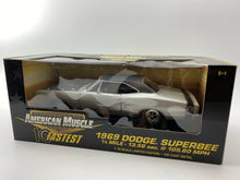 Load image into Gallery viewer, 1/18 - ERTL American Muscle 1969 Dodge Super Bee - 10 fastest