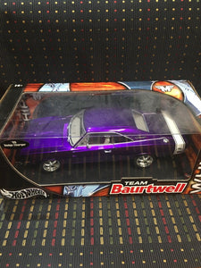 Hot Wheels '69 Dodge Charger R/T - Whips / Team Baurtwell - 1:18 2003 (Rare)