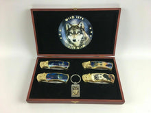 Load image into Gallery viewer, Collector Wildlife Lockback (4) Wolf Knives W/ Case - Lot 3846