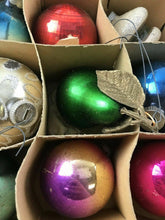 Load image into Gallery viewer, Vintage German Christmas Ornaments Set Of 11 W/Box-4353