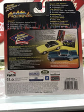 Load image into Gallery viewer, Johnny Lightning Street Freaks Zingers 72 Chevy Corvette Vicious Vette-3166