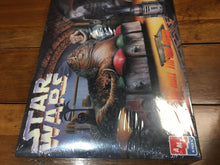 Load image into Gallery viewer, AMT/ERTL Star Wars Jabba The Hutt Throne Room Action Scene 1995 Model Kit