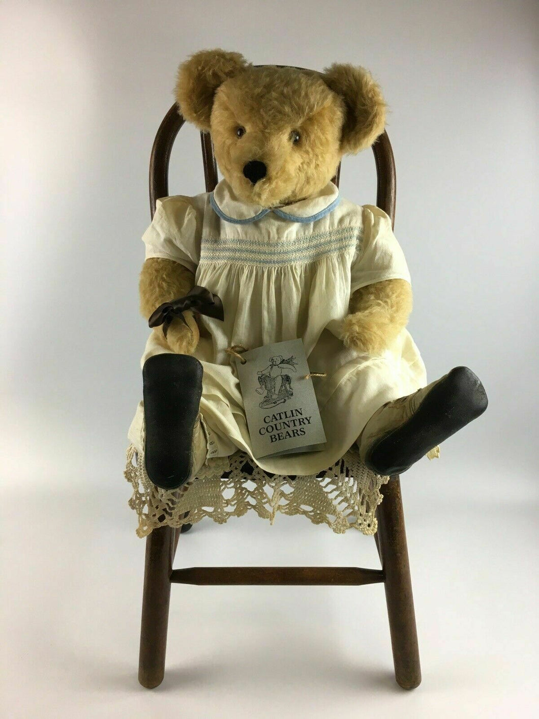 Vintage Handmade Catlin Country Bears With Chair - Lot 3378