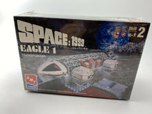 Load image into Gallery viewer, AMT/ERTL SPACE: 1999 EAGLE 1 TRANSPORTER Model Kit 1998 Factor Sealed