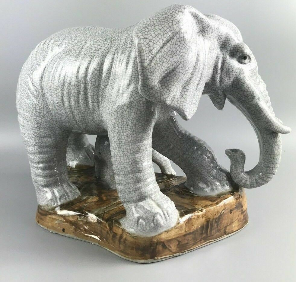 White porcelain carved elephant w/ baby statue- 1125