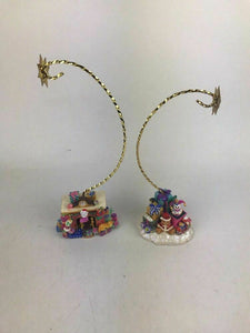 Assorted Lot Of Christmas Decorations- Lot 577