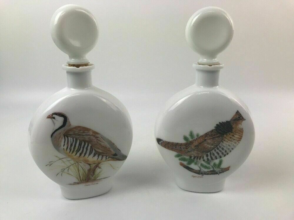 (2) 1969 Arthur Singer Field Birds Milk Glass Decanters - lot 2995