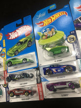 Load image into Gallery viewer, Lot Of 15 Hotwheels Cars 1795