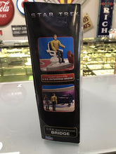 Load image into Gallery viewer, PLAYMATES TOYS STAR TREK USS ENTERPRISE BRIDGE PLAY SET 2009 NEW- 3217