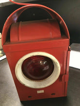 Load image into Gallery viewer, Vintage Kenyon Kenlite Made In England BS3143 Red Traffic Light Lantern 4612
