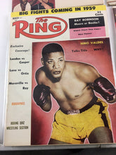 Load image into Gallery viewer, Assorted Lot Of 5 Vintage Boxing Magazines-1959-69 MINT-5521