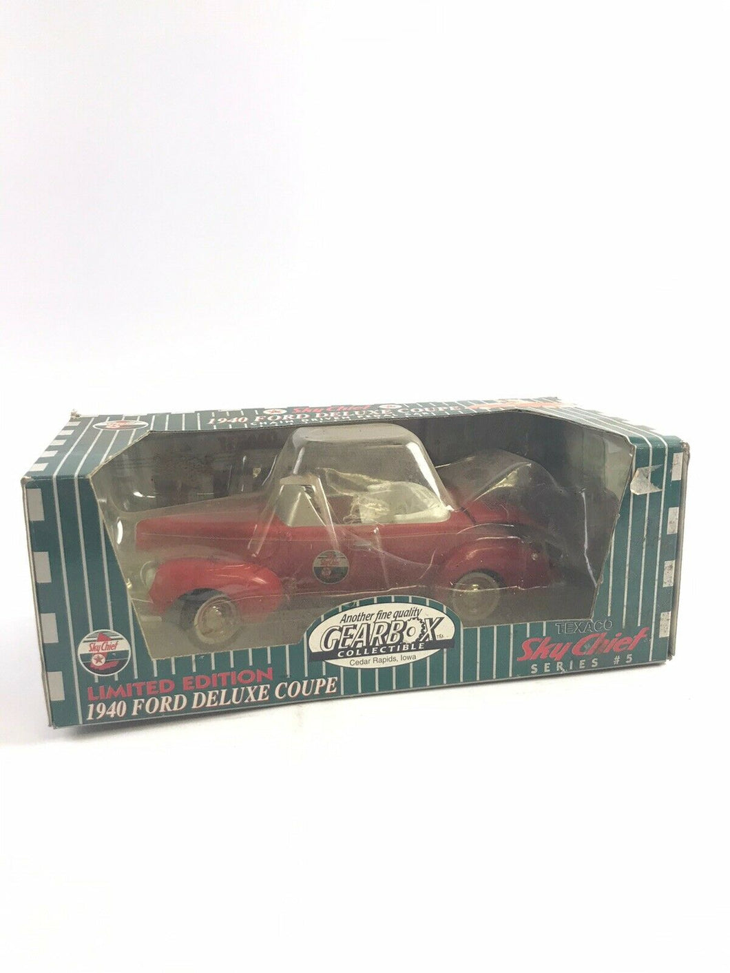 Gearbox Limited Edition Texaco Sky Chief Red 1940 Ford Deluxe Coupe -5294