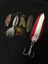 Load image into Gallery viewer, Vintage Fishing Lures Lot Of 5 8040