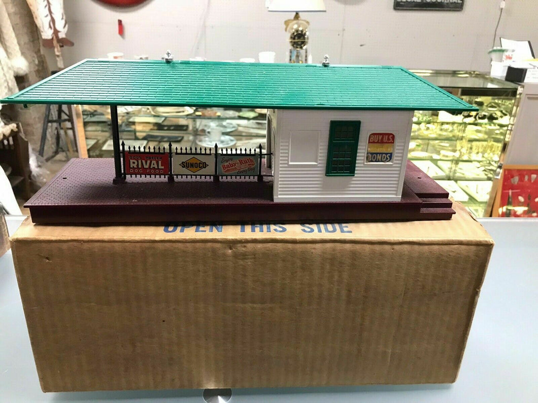 + Lionel O Scale Illuminated Freight Station No. 256 w/ Original Box- 4861