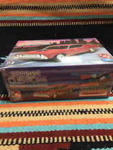 Load image into Gallery viewer, AMT 1969 Ford Torino Cobra Street Custom Model Kit by ERTL, 2005, Brand New-9047
