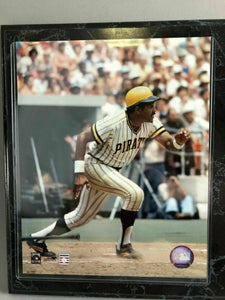 PITTSBURGH PIRATES WILLIE STARGELL COMMEMORATIVE PLAQUE - LOT 3449