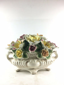 Vintage Capodimonte Porcelain Flower Tabletop Bouquet Footed Centerpiece 4945