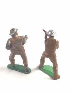 Vintage Pair Of Barclay Figures- Two Soliders #778- 5330