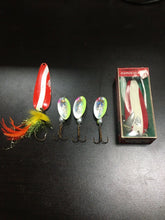 Load image into Gallery viewer, Vintage Fishing Lures Lot Of 5 5787