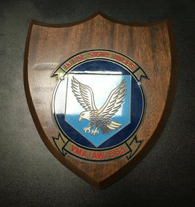 "USMC VMA (AW) 533 ""IN HOC SIGNO VINCES"" WALL PLAQUE - LOT 4144R"