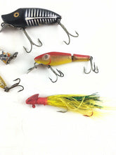 Load image into Gallery viewer, Vintage Fishing Lures Lot Of 5 5572