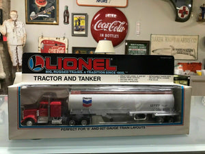NIB Lionel Tractor And Tanker 6-12777-2455