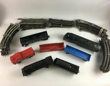 Load image into Gallery viewer, Assorted Lot Of (7) Trains & Tracks - Lot 3953