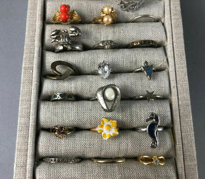 50+ LOT OF ASSORTED COSTUME JEWELRY RINGS - LOT 3505