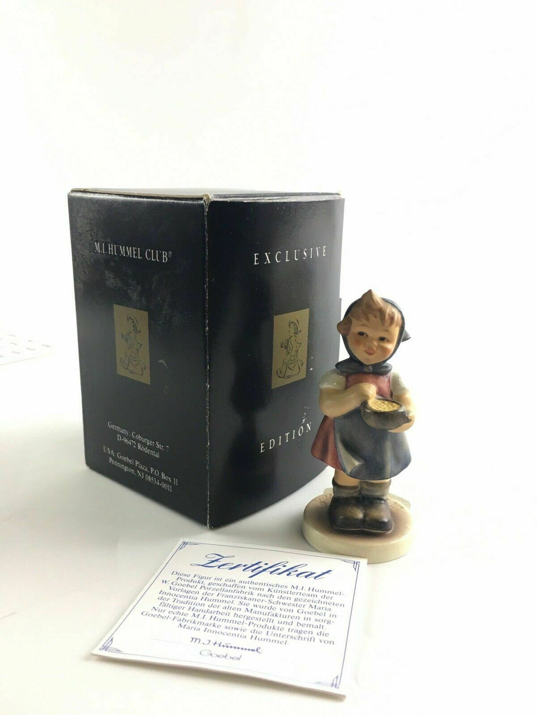 MI HUMMEL Club Girl Figurine From Me To You #36 Exclusive 1995/96 3.5