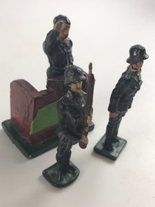 Vintage Lot Of 3 Lead German War Figurines; German Leader&Podium-5275