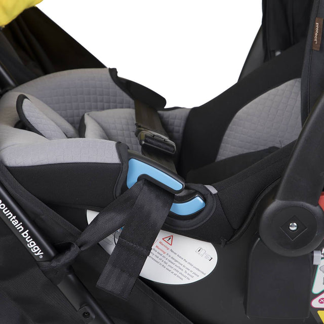 Mountain Buggy nano duo car seat adaptor close up view in colour black_default