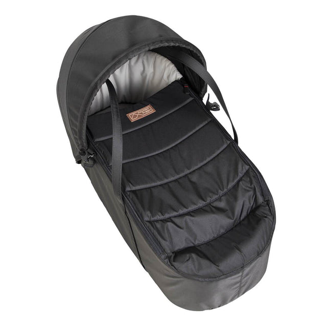 Mountain Buggy newborn cocoon top view in colour black_black