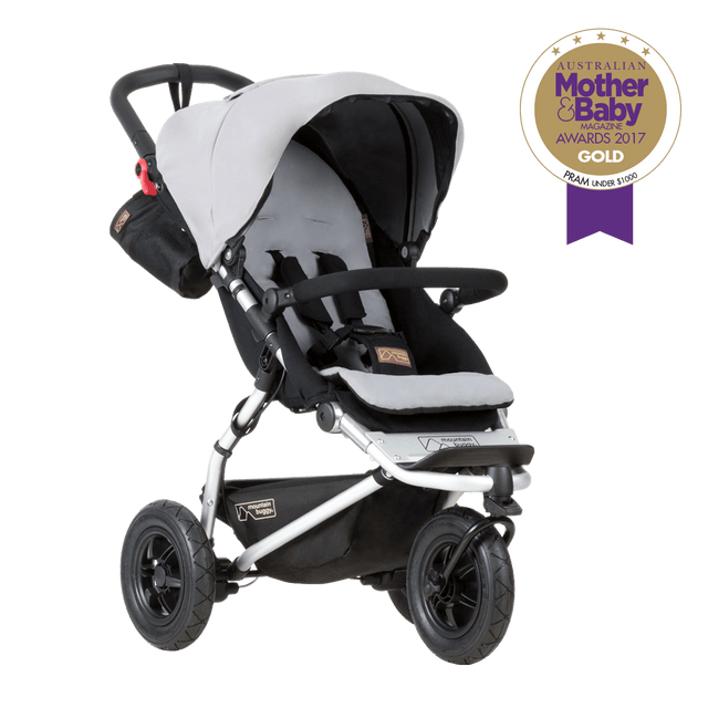 mountain buggy swift compact buggy mother baby magazine awards 2017 3/4 view shown in color silver_silver