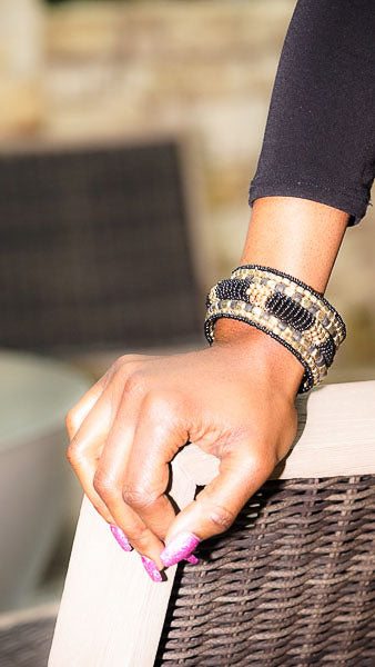 'Charvi' Beaded Cuff (Black/Gold)