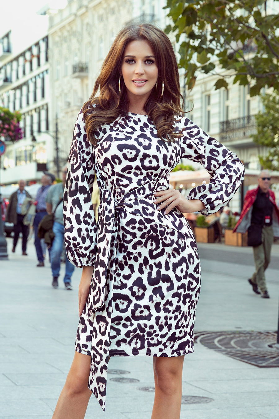 Comfortable Leopard Dress with Binding at the Waist 11X1621