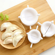 Charger l'image dans la galerie, Kitchen 7CM/8CM/10CM Dumpling Molds plastic Dough Press Dumpling Pie Ravioli Mould Cooking Pastry Chinese Food Jiaozi Maker