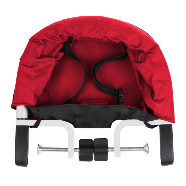 mountain buggy pod chaise haute portable de couleur rouge piment se clipse sur table_chilli